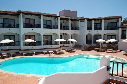 __{offers.Best_flights}__ Hotel Li Graniti