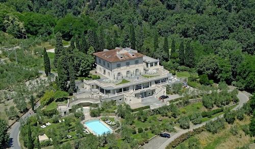 . Villa La Borghetta Resort