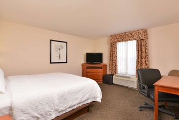 Two room king suite lr one bath
