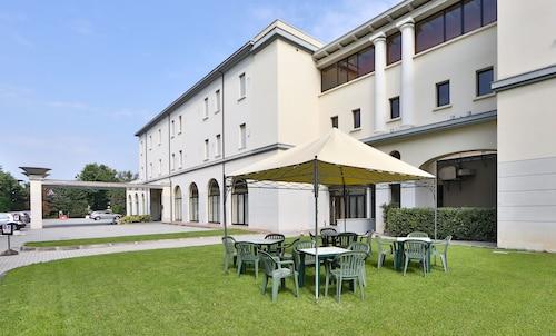 . Hotel San Marco & Formula Club