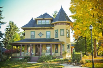 Hotel - Sleepy Hollow Bed and Breakfast