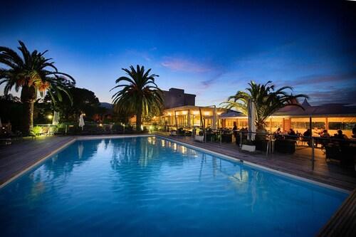 __{offers.Best_flights}__ Hôtel Spa La Madrague