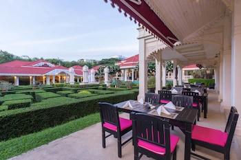 Wora Bura Hua Hin Resort and S..