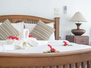 Deluxe Grand Seaview, Free Round-trip Boat Transfer