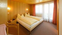 Economy Tek Büyük Yataklı Oda, Balkon, Ek Bina