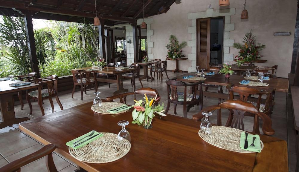 빌라스 앳 스톤헤븐(The Villas At Stonehaven) Hotel Image 24 - Dining