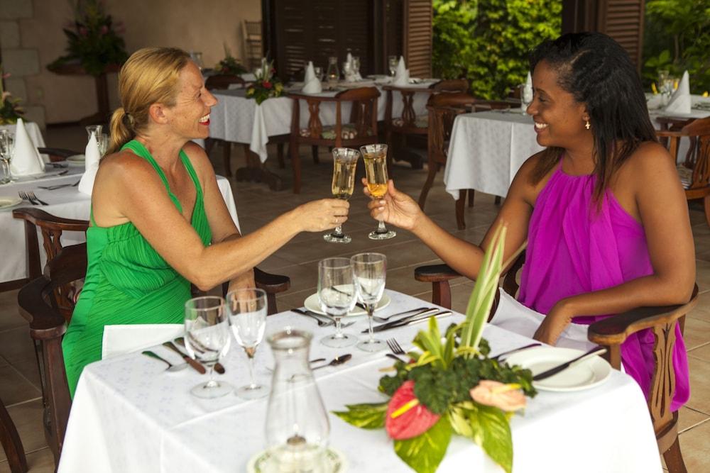빌라스 앳 스톤헤븐(The Villas At Stonehaven) Hotel Image 25 - Restaurant
