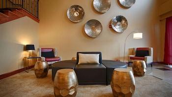 貝斯特韋斯特普拉斯坎伯蘭套房飯店 Best Western Plus New Cumberland Inn & Suites