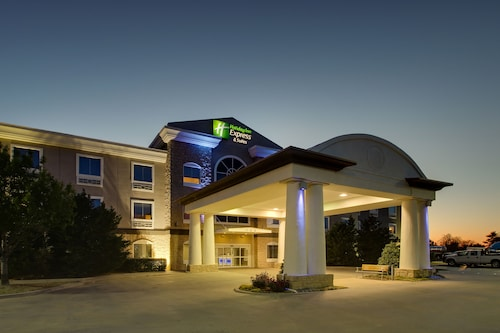 . Holiday Inn Express Hotel & Suites Vernon College Area, an IHG Hotel