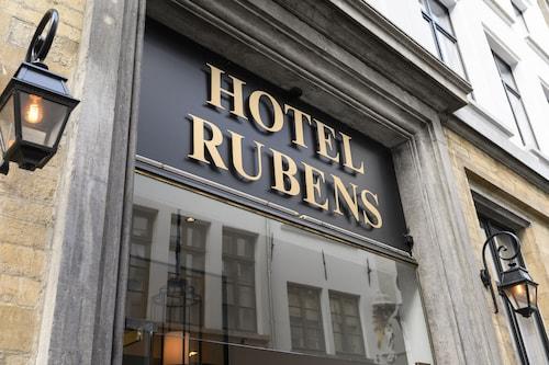 Antwerpia - Hotel Rubens - Grote Markt - z Krakowa, 21 kwietnia 2021, 3 noce