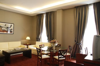 Presidential Suite, City View