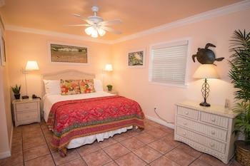 Ground Floor, Pool View, 1 Bedroom Deluxe