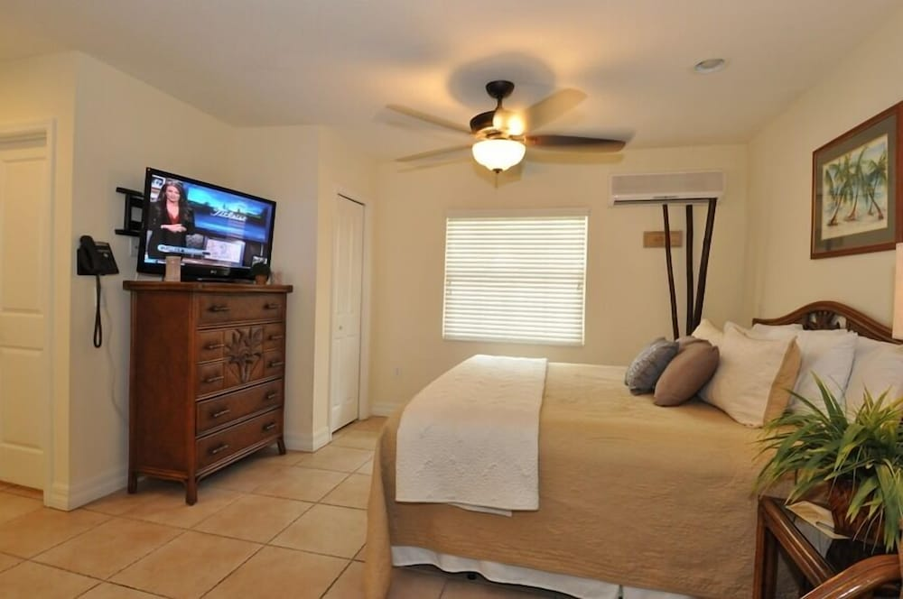 Villa, 1 King Bed with Sofa bed (Unit 110)