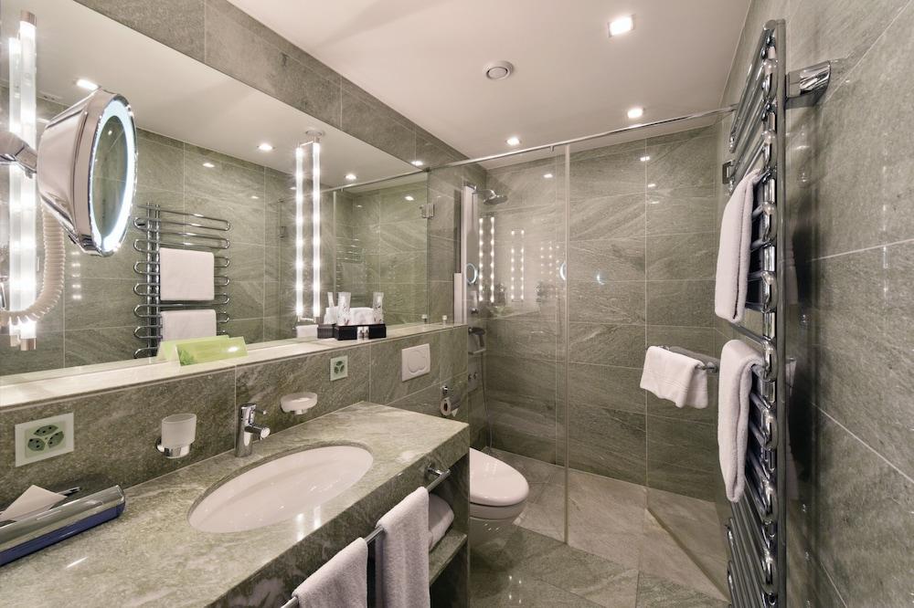 호텔 시티 취리히(Hotel City Zürich) Hotel Image 29 - Bathroom