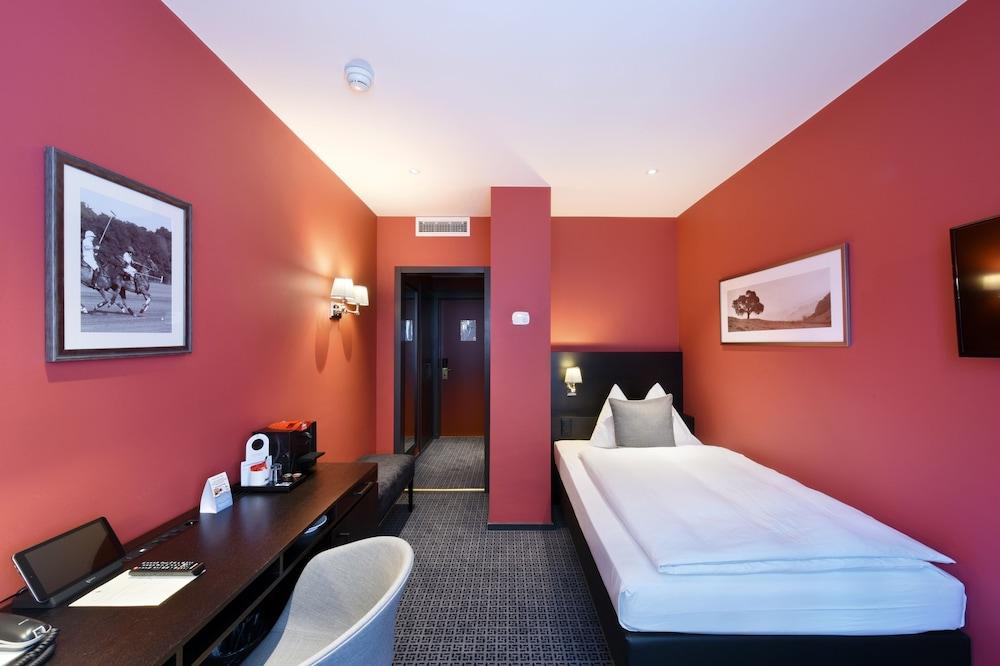 호텔 시티 취리히(Hotel City Zürich) Hotel Image 12 - Guestroom