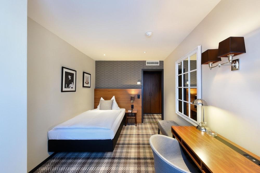 호텔 시티 취리히(Hotel City Zürich) Hotel Image 16 - Guestroom