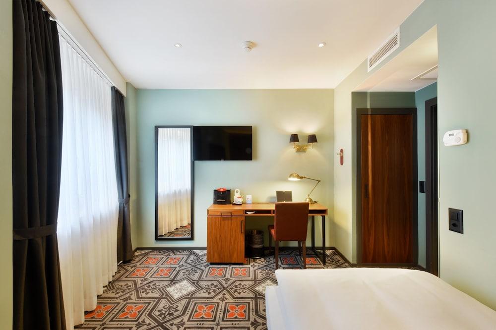호텔 시티 취리히(Hotel City Zürich) Hotel Image 22 - Guestroom