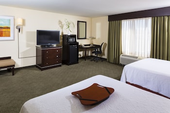 Guestroom at Hampton Inn & Suites Las Vegas South in Henderson