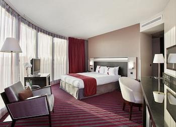 Room, 1 Queen Bed, Non Smoking, Corner (PARIS VIEW)