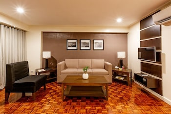 Copacabana Apartment Hotel Manila Room