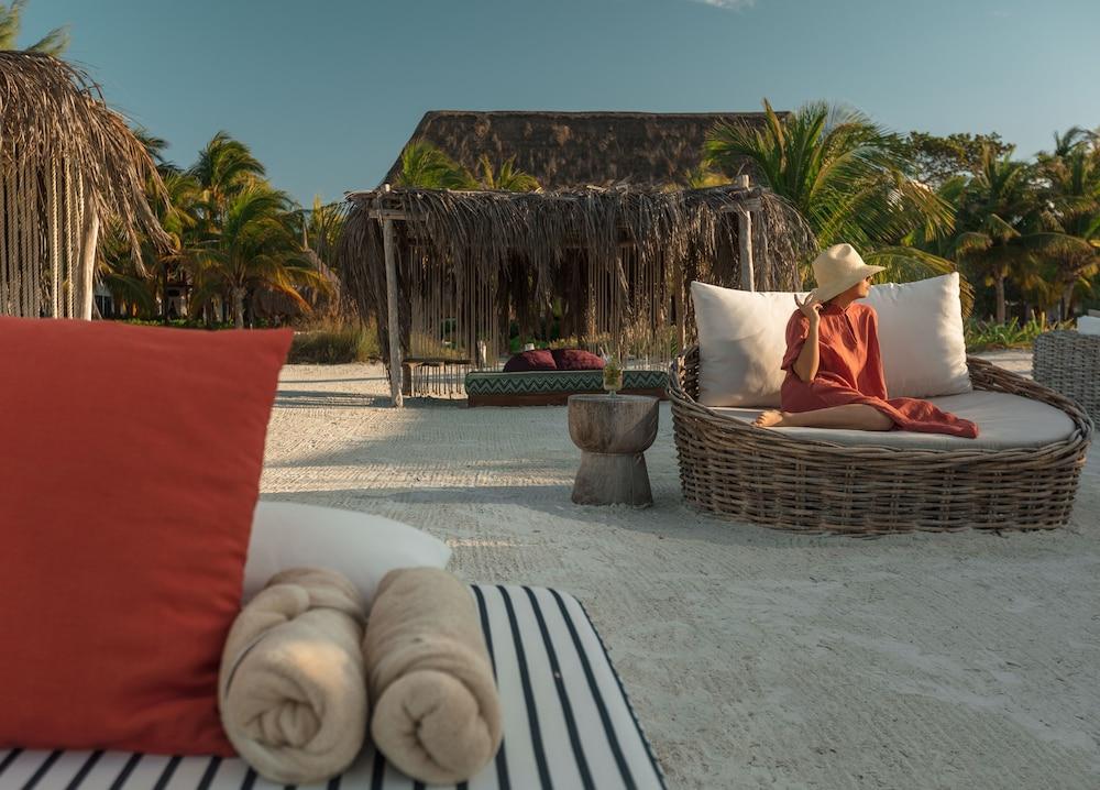 https://i.travelapi.com/hotels/2000000/1610000/1606000/1605960/1f8a2d3f_z.jpg