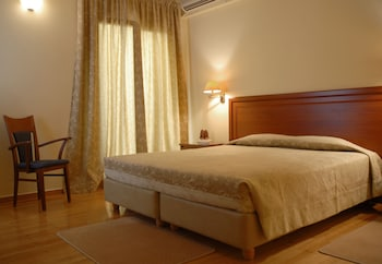 Basic Double or Twin Room, 1 Double or 2 Twin Beds
