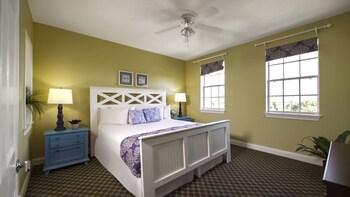 Guestroom at Calypso Cay Vacation Villas in Kissimmee