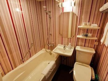 HOTEL MONTEREY KYOTO Bathroom