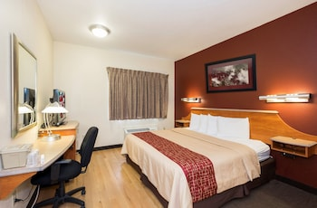 Deluxe Room, 1 Queen Bed, Accessible, Non Smoking (Roll-In Shower)