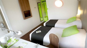 Hotel - Campanile Voisins le Bretonneux