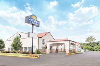 Hotel - Days Inn & Suites by Wyndham Seaford
