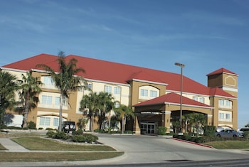 Hotel - La Quinta Inn & Suites by Wyndham Corpus Christi Airport