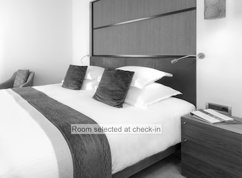 Double Room (Room selected at check in)