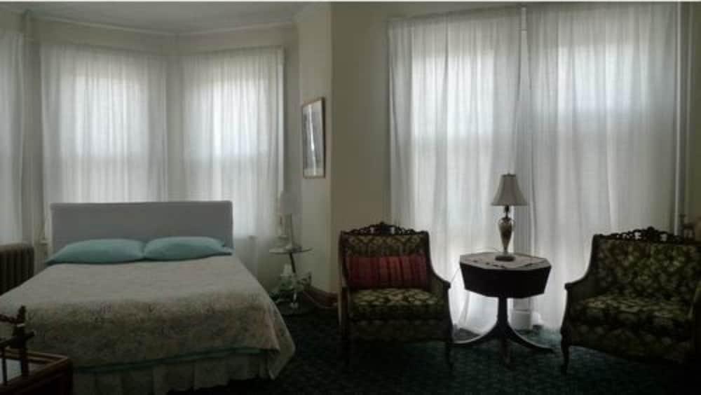 Classic Suite, 1 Queen Bed