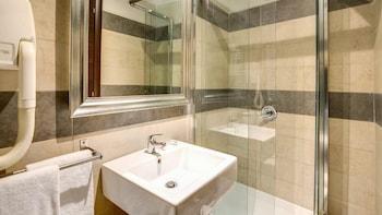 The Strand Hotel - Bathroom  - #0