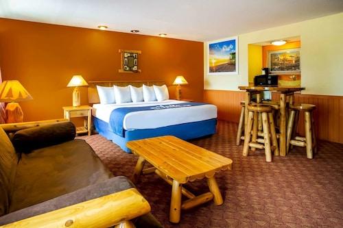 . Days Inn & Suites by Wyndham Stevens Point