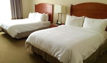 Standard Room, 2 Queen Beds, Accessible, Kitchenette