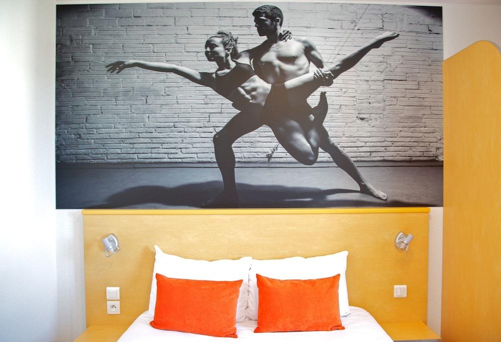 아카 로지  리옹 에(Aka Lodge Lyon Est) Hotel Image 9 - Guestroom