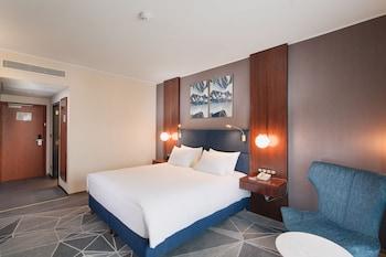 ダブルツリー バイ ヒルトン ホテル クルジュ - シティ プラザ