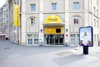 Hotel - Premiere Classe Paris Ouest - Pont de Suresnes