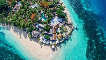 Castaway Island Fiji - Featured Image