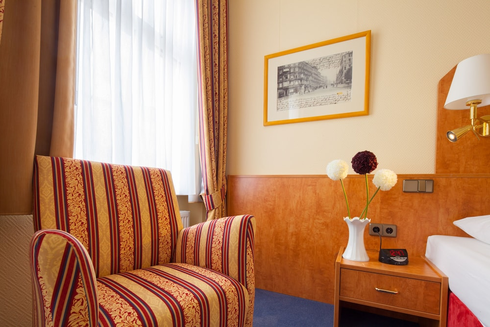 호텔 카스타니엔호프 베를린(Hotel Kastanienhof Berlin) Hotel Image 29 - 거실 공간