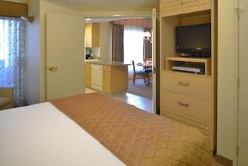 Standard Suite, 1 Bedroom, Kitchen
