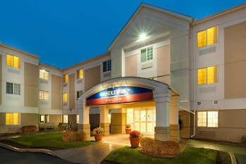 Hotel - Candlewood Suites Windsor Locks Bradley Arpt