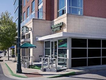 The Westin Memphis Beale Street