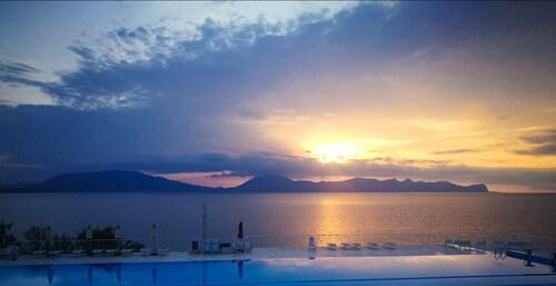 __{offers.Best_flights}__ Hotel Perla del Golfo