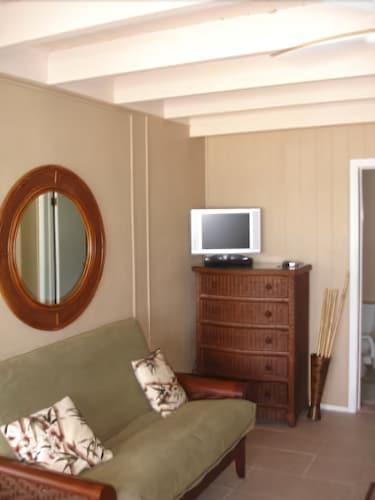 Pearl Beach Inn, Sarasota