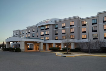 Hotel - Courtyard by Marriott Republic Aprt Long Island/Farmingdale
