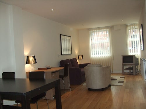 . Reading Serviced Apartments