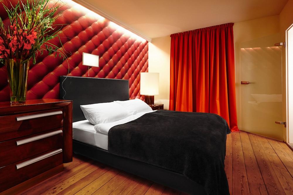 アーデレ デザインホテル